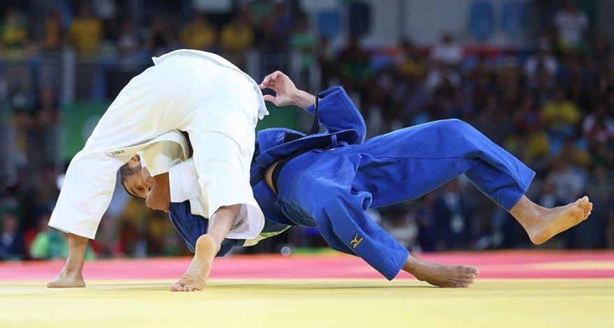 Международная федерация официально запретила дзюдоистам выступать в других видах спорта