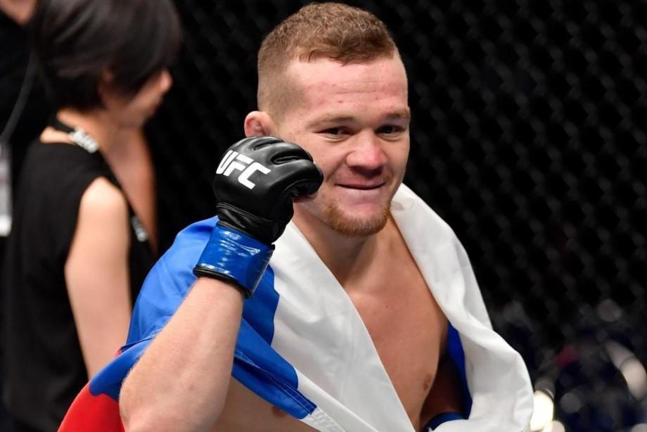 Петр Ян завоевал пояс чемпиона UFC