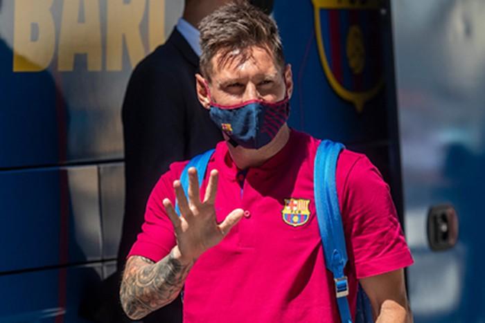 Названы 5 подозреваемых в утечке контракта Месси с «Барселоной»