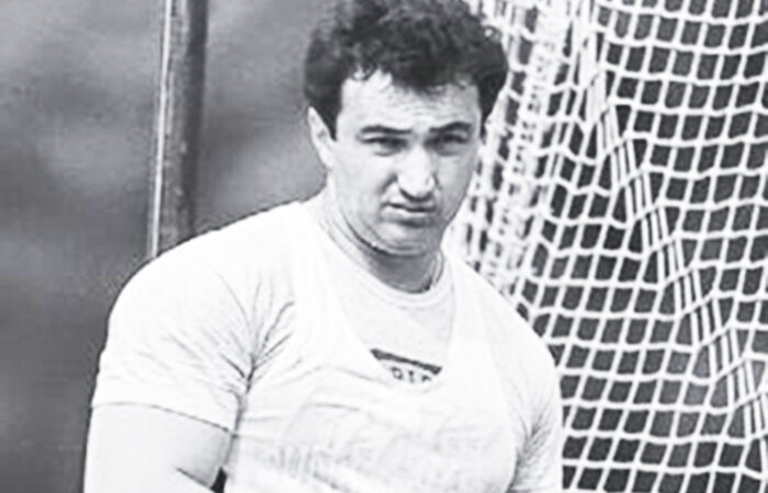 Андрею Абдувалиеву вручили высшую награду Узбекистана