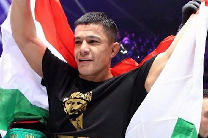 Таджикистанец Азам Гафоров выиграл бой на ACA 111