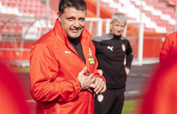 Помощник Черевченко рассказал, почему тренер пропустил матч «Химок»