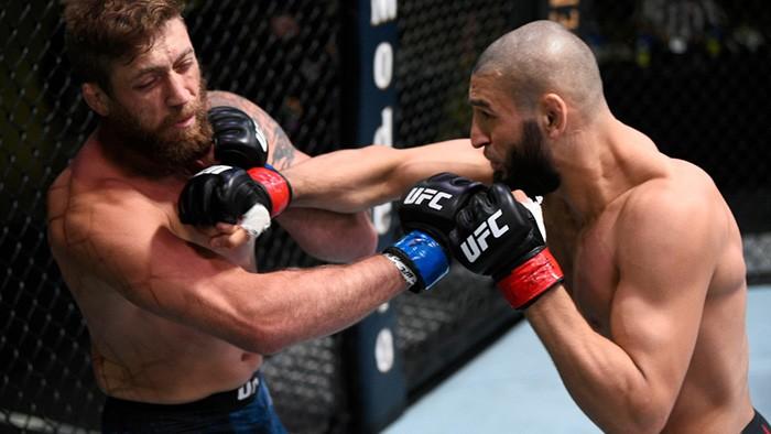 Чимаев нокаутировал Миршерта на 17-й секунде боя (Видео)