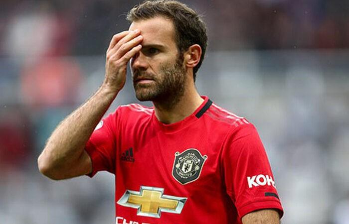 Полузащитник «Манчестер Юнайтед» лишился бизнеса из-за коронавируса