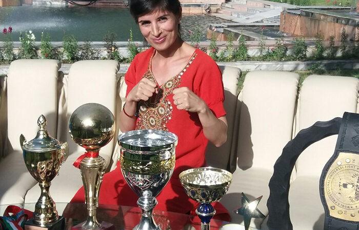 Таджикская девушка-боец будет развивать новое боевое искусство в Таджикистане