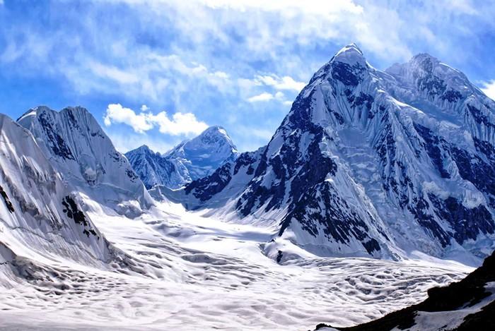 Традиции таджикской школы альпинизма: Памир, Гималаи и Антарктида