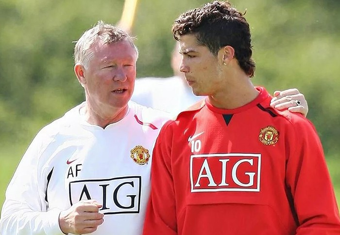 Фергюсон рассказал, почему Роналду ушёл из «МЮ» в «Реал» в 2009 году