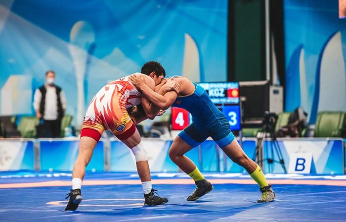 Таджикские борцы поедут на чемпионат мира в Норвегии