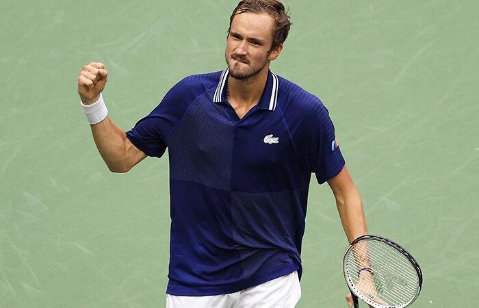 Медведев стал пятым игроком, победившим Джоковича в финале турнира «Большого шлема»