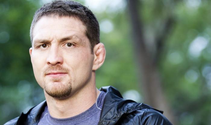 Экс-чемпион UFC арестован после очередного обвинения в домашнем насилии