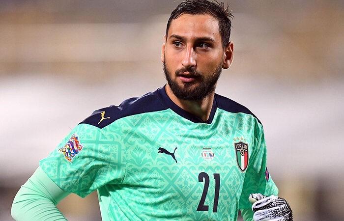 Манчини возмутил свист болельщиков сборной Италии в адрес Доннаруммы