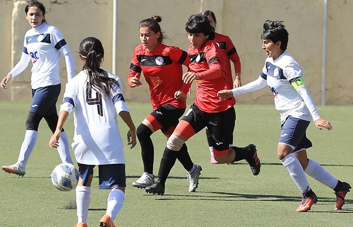 Футболистки двух команд наколотили более 300 мячей в женской лиге
